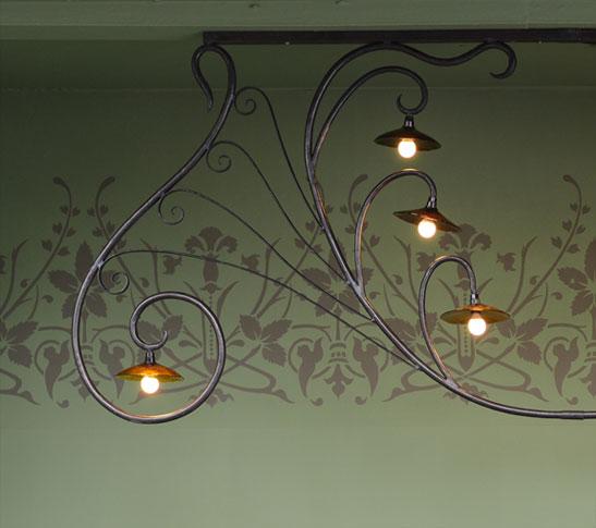 emery cie lumieres a suspendre lustres mod les bouillon. Black Bedroom Furniture Sets. Home Design Ideas