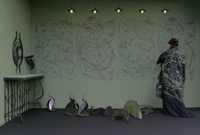 emery cie papiers peints au metre motifs mechants oiseaux exemples. Black Bedroom Furniture Sets. Home Design Ideas